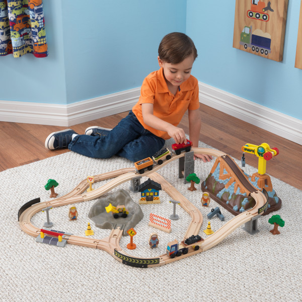 Kidkraft Bucket Top Construction Train Set1