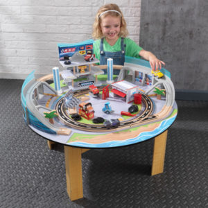 Kidkraft-Disney®-Pixar-Cars-3-Florida-Racetrack-Set-Table2