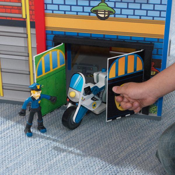 Kidkraft Everyday Heroes Wooden Play Set14