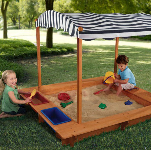 Kidkraft Outdoor Sandbox with Canopy.1