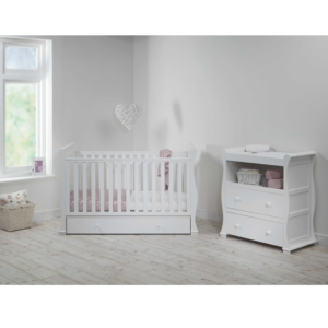 East-Coast-Alaska-sleigh-2-piece-nursery-room-set-white