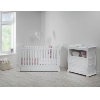 East-Coast-Alaska-sleigh-2-piece-nursery-room-set-white