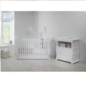 alaska sleigh 2 piece nursery room set 500