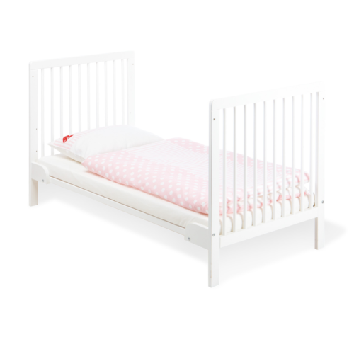 Pinolino Lenny Cot Bed1