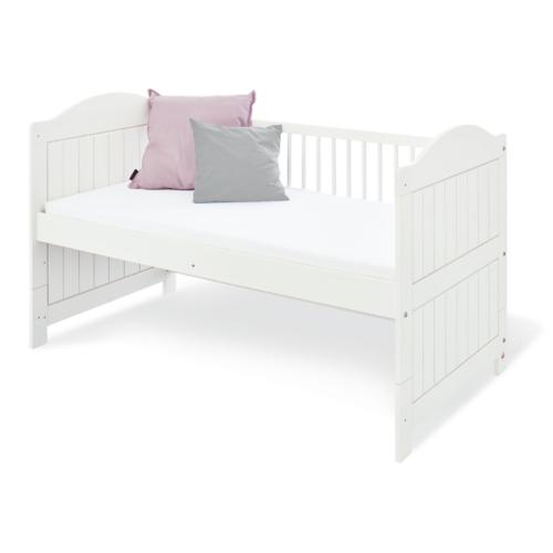 Pinolino Nina Cot Bed1