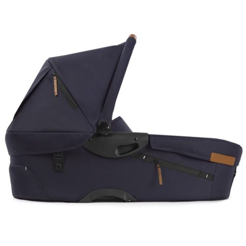 mutsy-evo-urban-nomad-carrycot-deep-navy