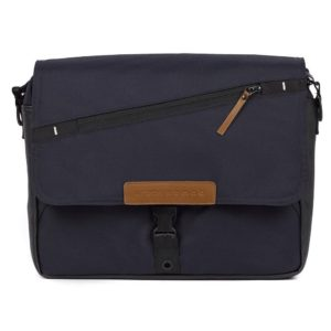 mutsy-evo-urban-nomad-changing-bag-deep-navy